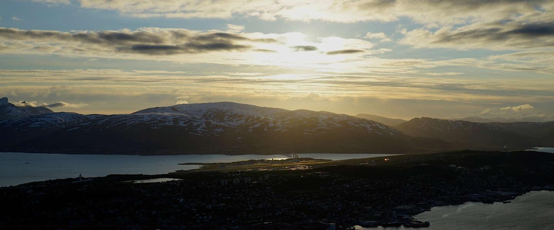 Middernachtzon in Tromso Noorwegen is een must see