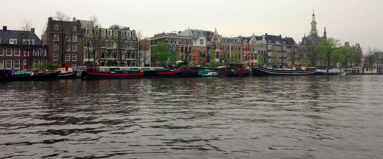 Aftreden van de koningin en de paus zorgt voor run op hotels in Amsterdam en Rome