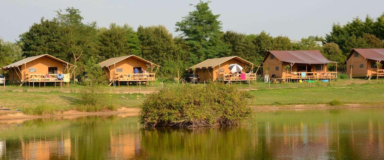 Alle kampeervormen op één camping in Frankrijk