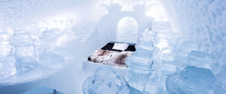 Een kijkje in dit gave ijshotel in Zweden