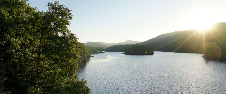 De Corrèze, Longeyroux, Uzèrche en het Lac de Bariousses