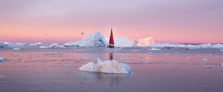 Deze video laat je de sensationele schoonheid van Groenland zien