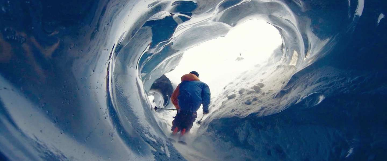 Adembenemende skifilm: door de ijsgrotten van de Mont Blanc