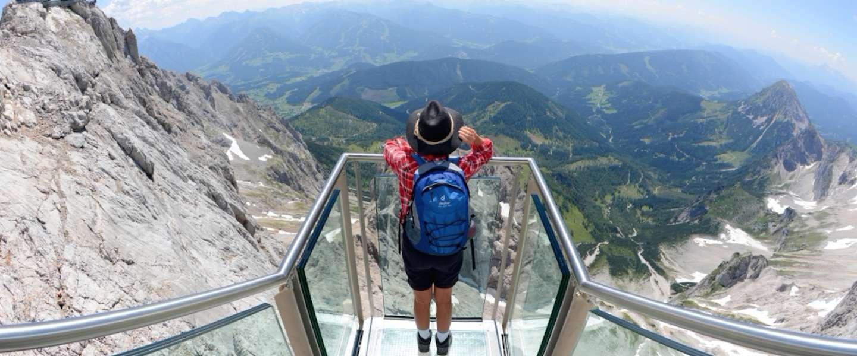 Een unieke skywalk in de Alpen