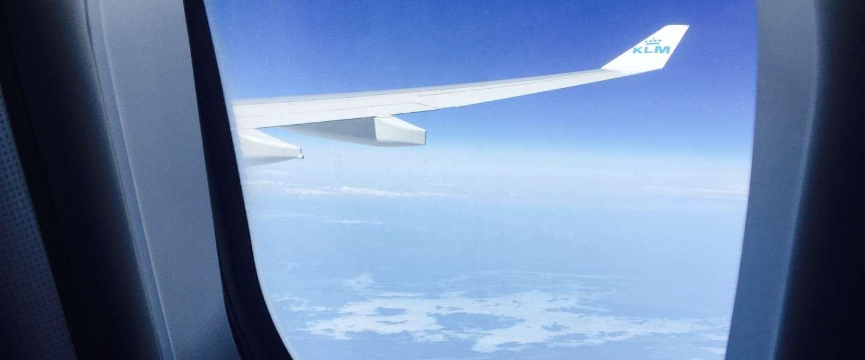 Dit is waarom vliegtuigstoelen en ramen niet altijd gelijk lopen
