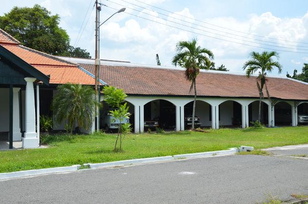 13-java-garages