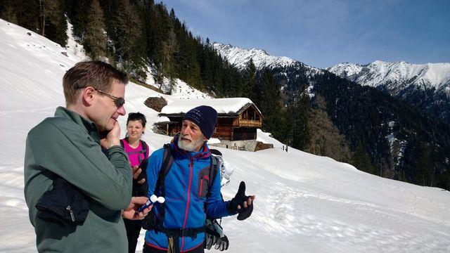 zuid-tirol-sneeuwschoen-lopen
