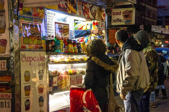 new_york_new_yorkers_streetfood