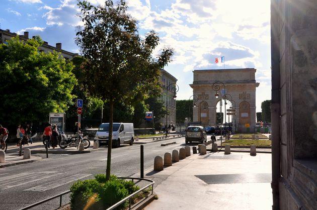 Citytrip montpellier dat wordt genieten - Arc de triomphe montpellier ...