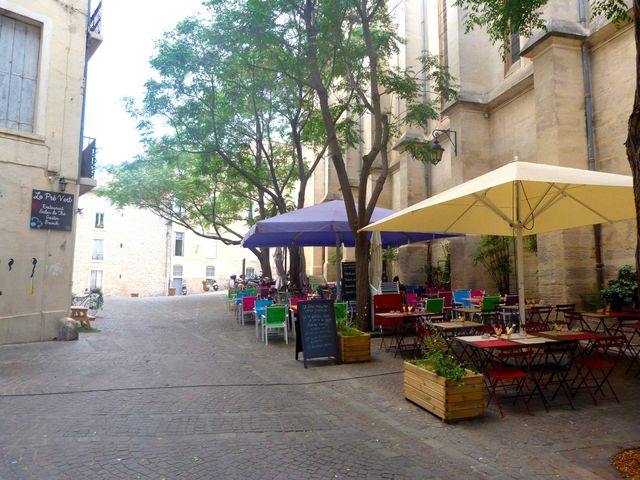 languedoc_roussillon_Montpellier_terras