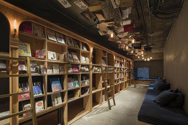 boekenkast-hotel-japan-2