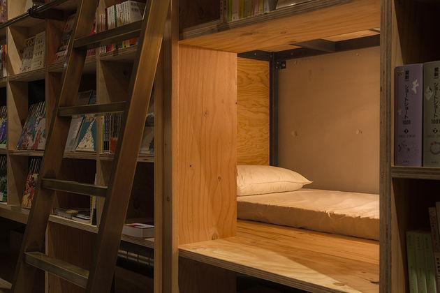 boekenkast-hotel-japan-5