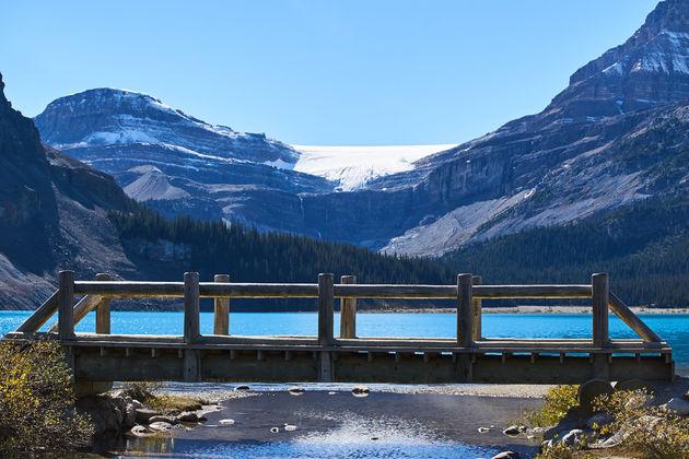 Bow lake rockies