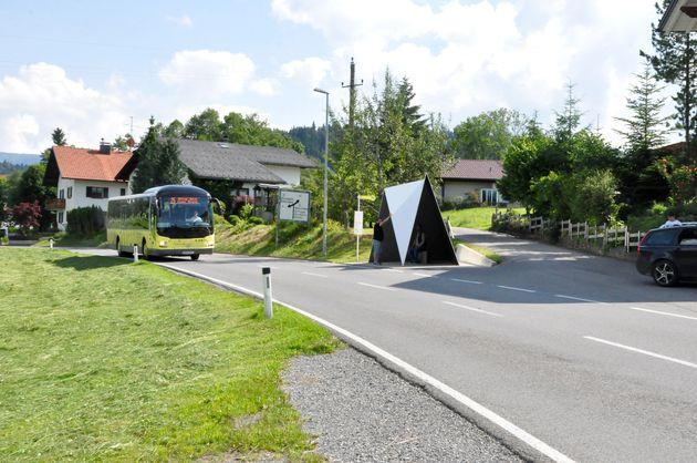 BUS-STOP-Krumbach