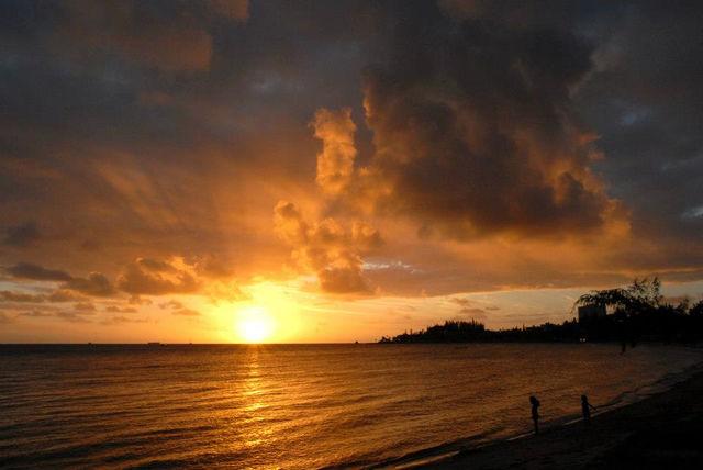 Nieuw_Caledonië_zonsondergang