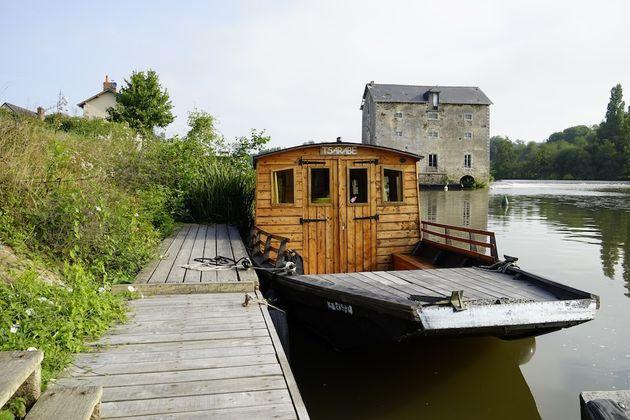 Toue_rivier_Mayenne