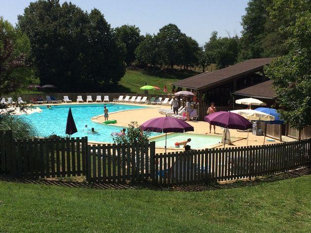 Village_de_Montmarsis_zwembad