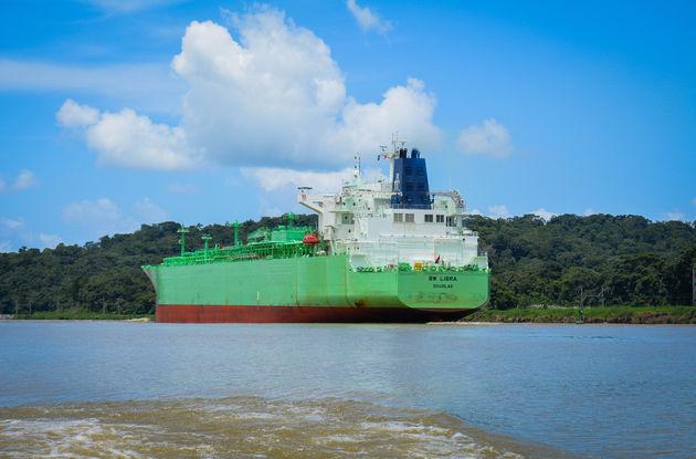 gamboa-rainforest-schepen-panama
