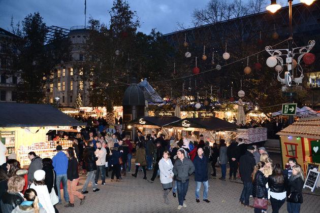 Kerstmarkt_boedapest