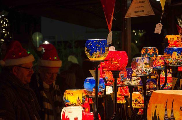 Kerstmarkt_keulen_kraampjes