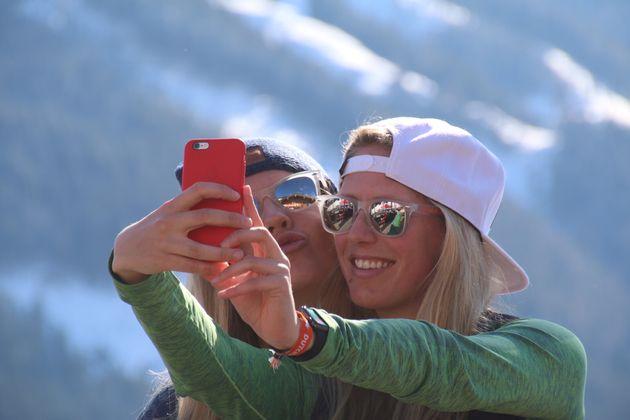 marloes-annemerel-maken-selfie