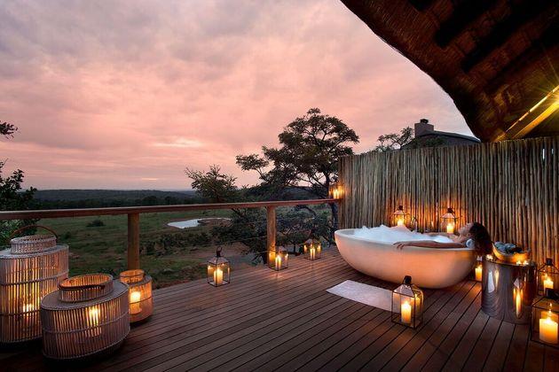 mhondoro-lodge-bad-uitzicht