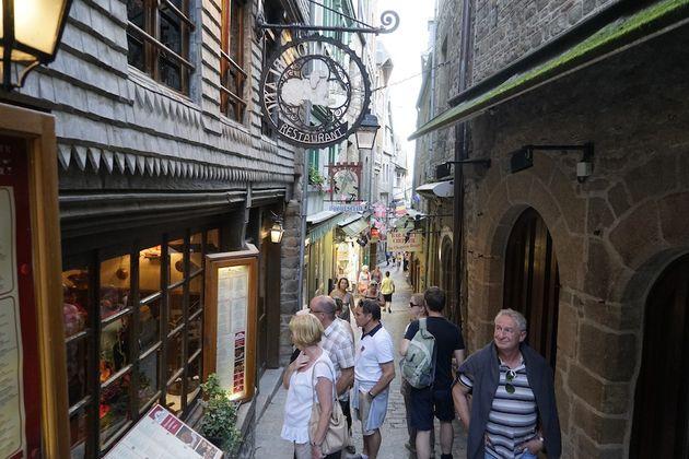 Mont_Saint_Michel_straatjes