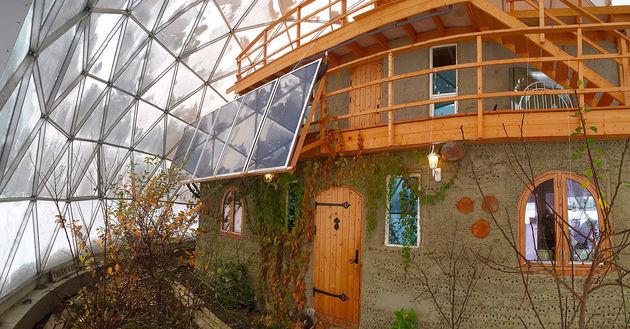 Nature-House-Garden