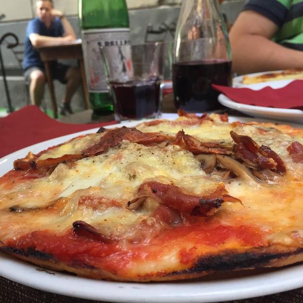 Pizza Est Est Est