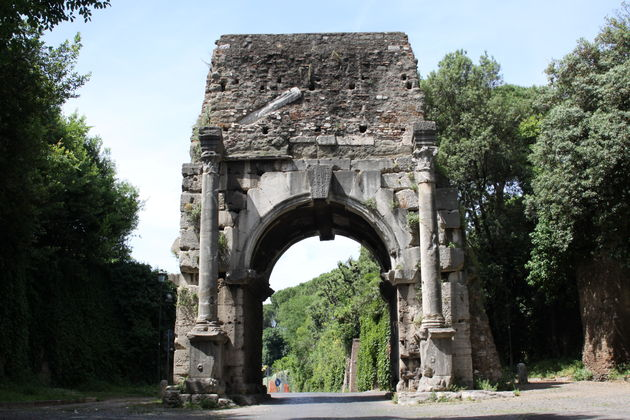 Rome-Arch-of-Drusus