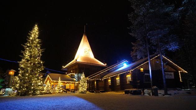 Rovaniemi_Finland_Santa_Claus_2
