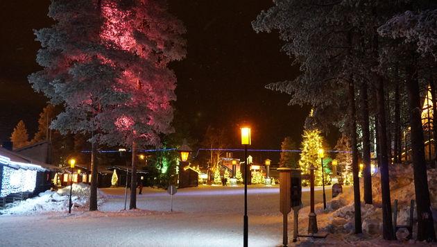 Rovaniemi_Finland_Santa_Claus_6