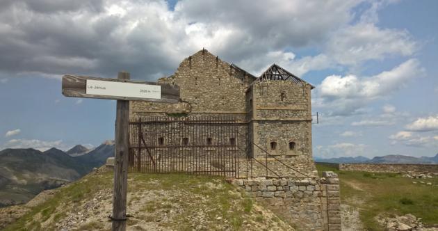 fort_janus