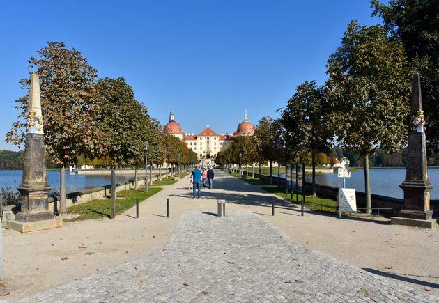 Schloss-Moritzburg-1
