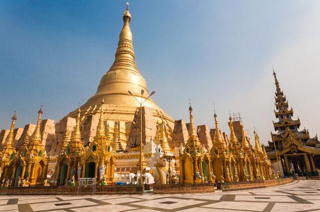 shwedagon-yangon-myanmar
