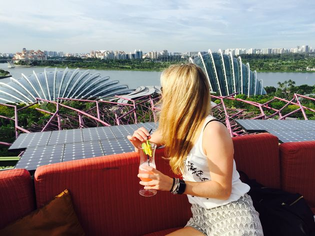 singapore-sling-rooftop-bar