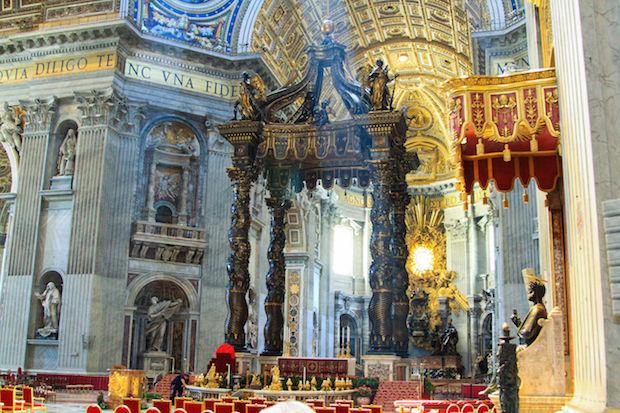 Sint Pieter altaar