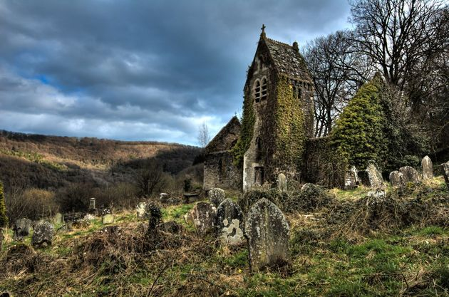 st-mary-the-virgin-church-tintern-by-guy-berresford