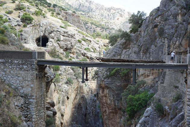 Stalen vervallen brug
