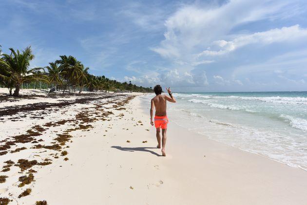strandwandeling-tulum-beach