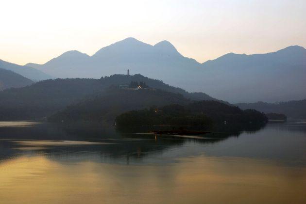 sun_moon_lake_taiwan