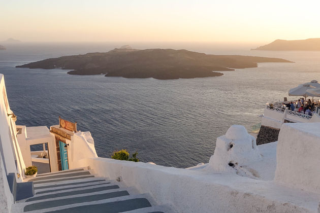 sunset-santorini