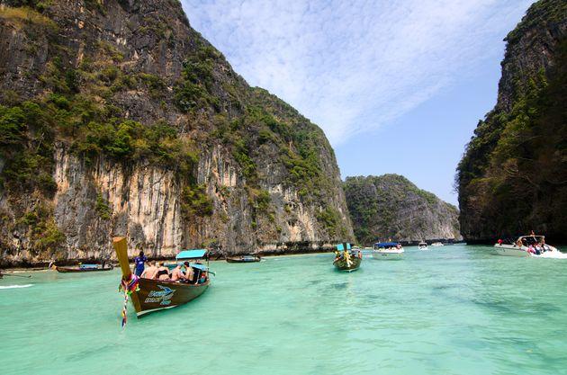 toeristen_boten_ko_phi_phi_lee