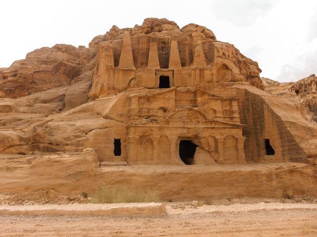 tombes-petra-jordanie