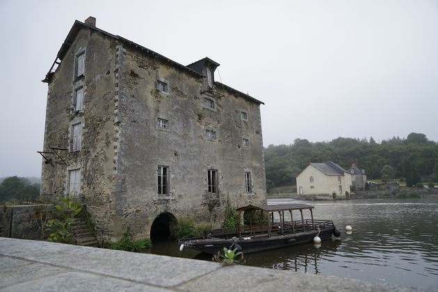 Toue_Mayenne_4
