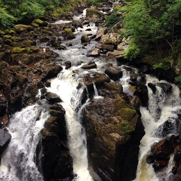 travelvalley_schotland_watervallen