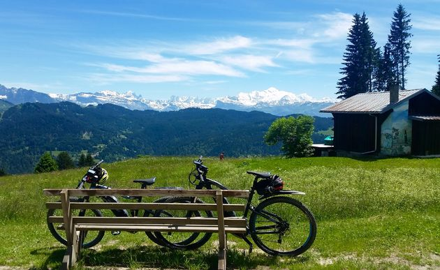 Uitzicht-Les-Gets-mountainbiken