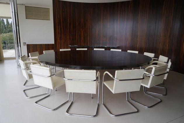 Villa Tugendhat_ronde_tafel