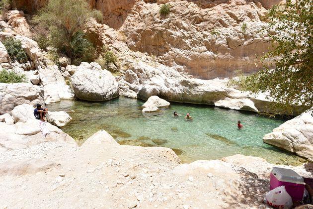 wadi-bani-khalid-locals