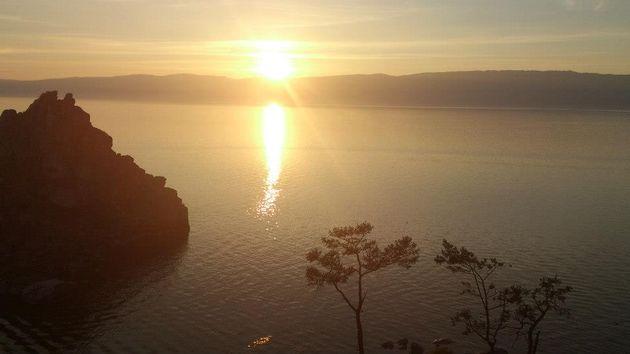 zonsondergang_olkhon-eiland
